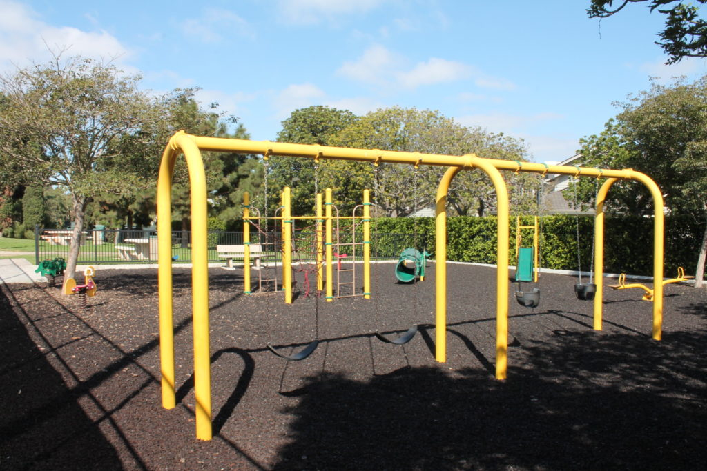 playground-in-manhattan-village